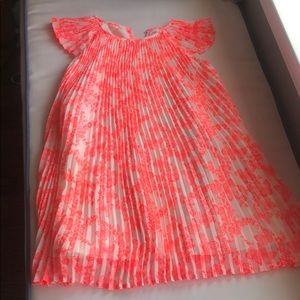 Like new pleated girls party dress size 5-6 by H&M